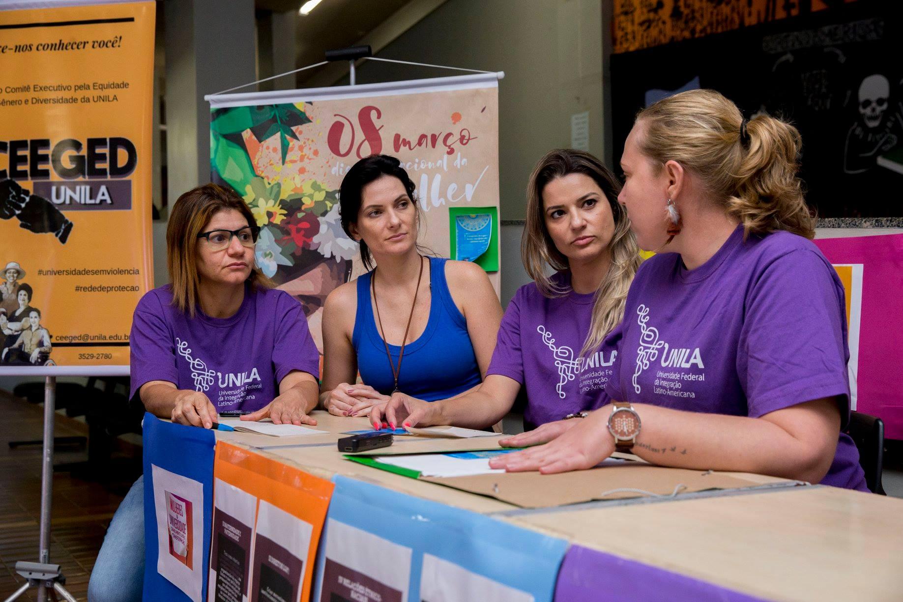 Parte da equipe da CEEDED em eventos na UNILA