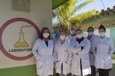 Equipe do Laboratório de Biologia Molecular é formada por alunos, docentes e técnico-administrativos da UNILA