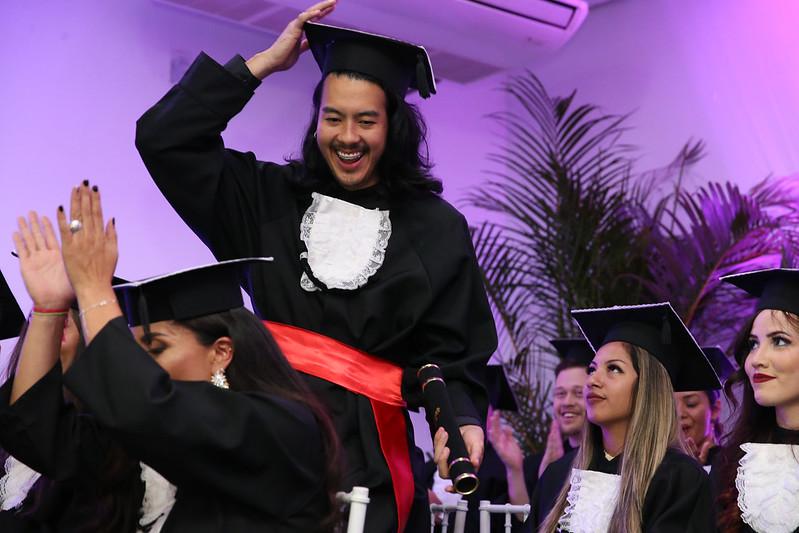 Yuri Alfonso Yang, o milésimo  aluno a se formar na UNILA
