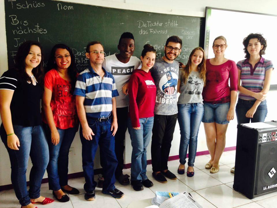 Foto de estudantes do curso de idioma alemão - projeto de extensão da UNILA