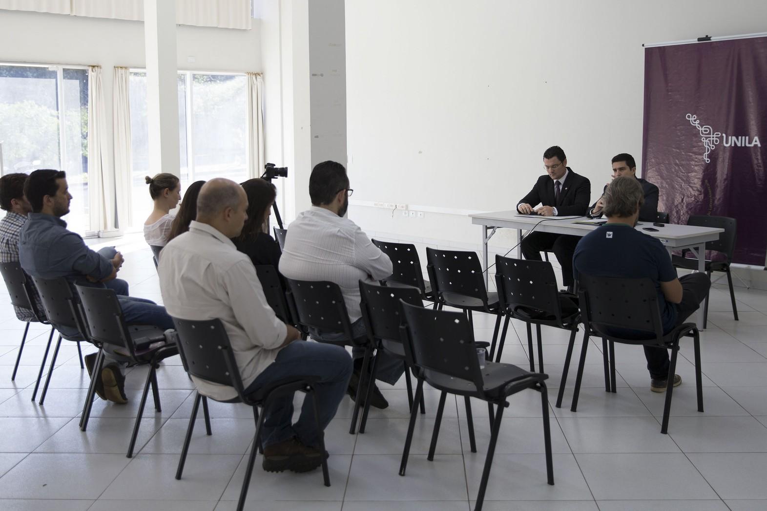Informações foram repassadas à imprensa de Foz do Iguaçu durante entrevista coletiva.